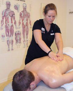 massør - ryg massage